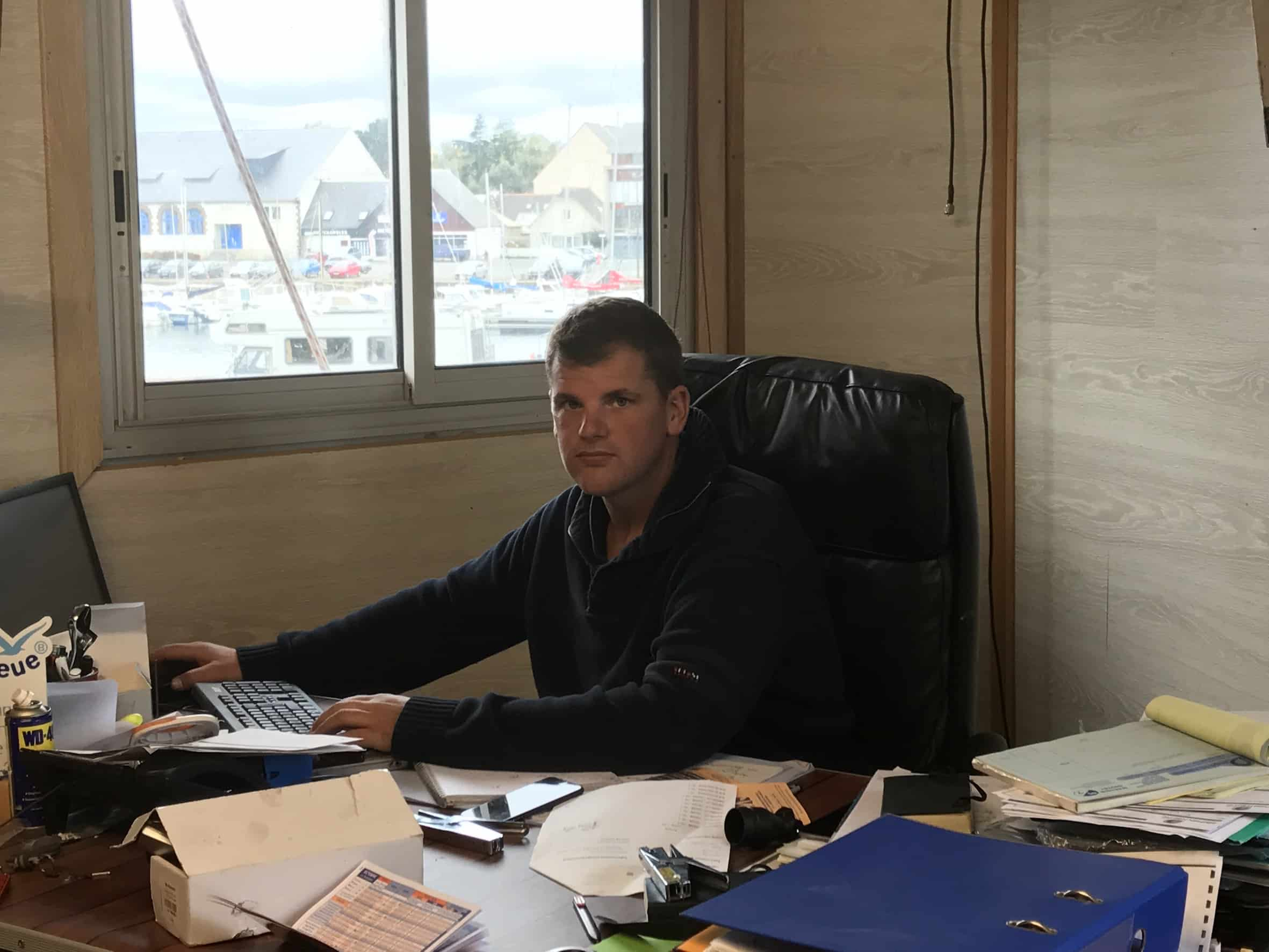 Dauphin Nautic web15